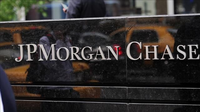 News video: J.P. Morgan to $2 Billion in Madoff Fines